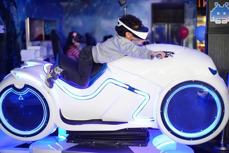 VR Racing moto VR Simulator brilla en Argelia